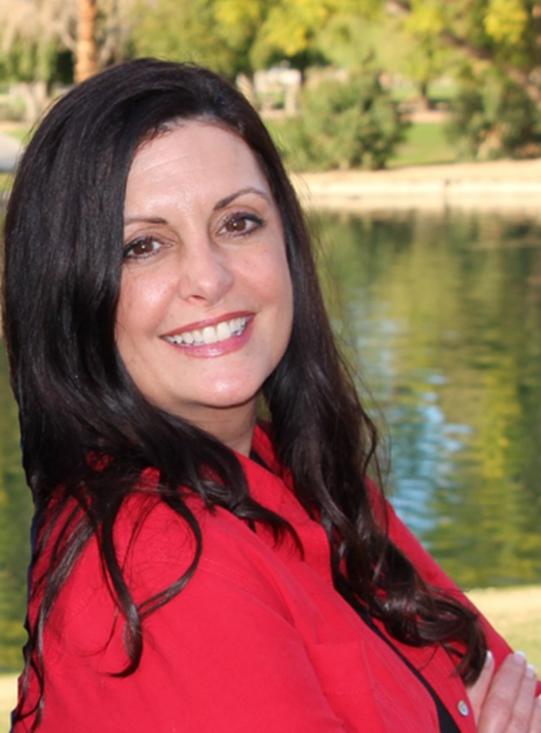 Debbie Georgianni Headshot